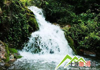 十堰郧西龙潭河风景区