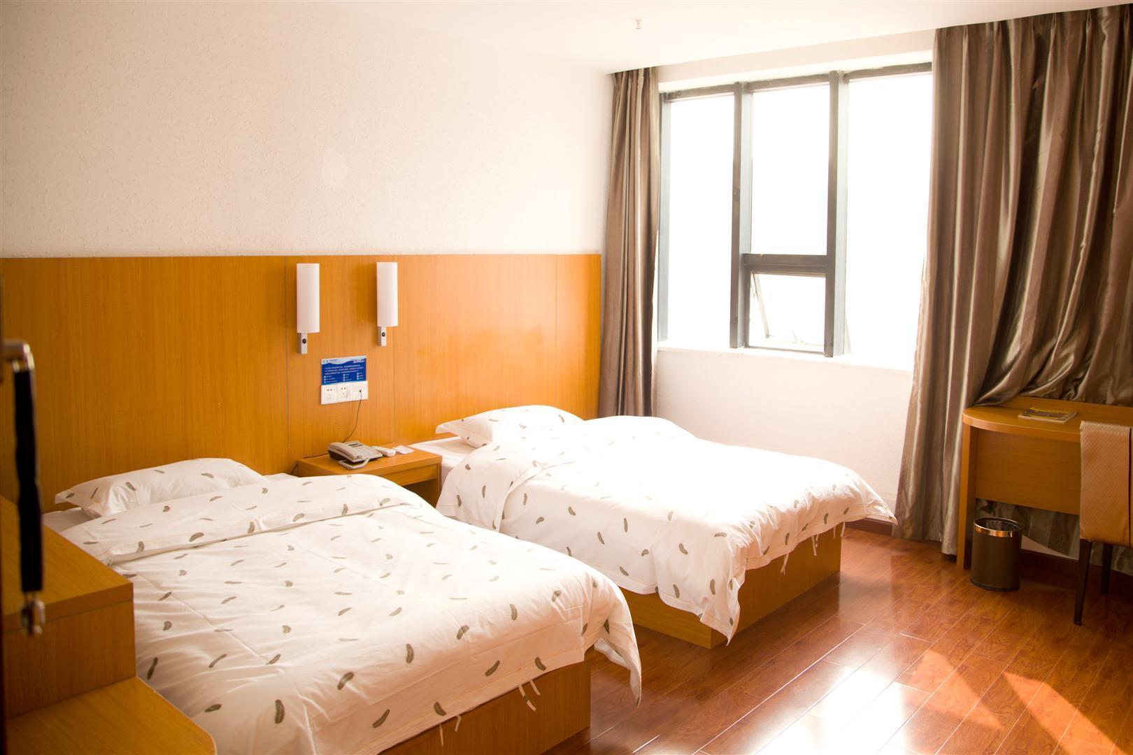万里商旅酒店