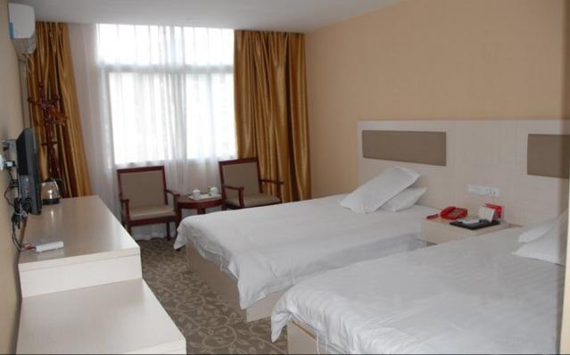 武当山融合假日酒店