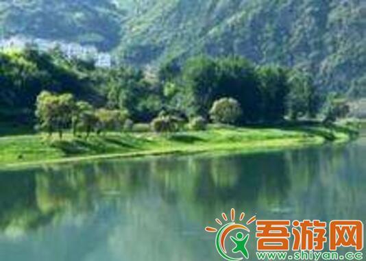 梅花谷、圣水湖、绿松石博物馆休闲二日游