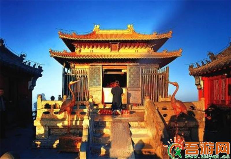 西安兵马俑、白鹿原影视城、西安市内品质龙8国际电玩城